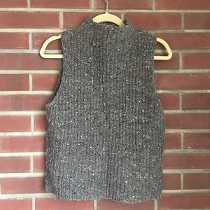 Madewell Grey Sleeveless Turtleneck - Size M